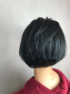 濃紺 ブルーブラック ブリーチなし wカラー 青 丸みショート