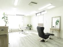 静岡で希少な【増毛エクステ専門サロン】がついにOPEN。完全個室・完全予約制の看板のない隠れ家サロン☆