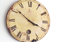 大きなアンティークの時計
