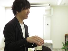 割れやすい前髪や気になる部分を手軽にボリュームアップ!SALUTオリジナルの日本製高級カラーファイバー使用