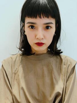 黒髪ボブスタイル×インナーカラー(カーキー色)/池田香織