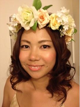 心斎橋 結婚式二次会パーティー花嫁さんに☆花冠ダウンスタイル