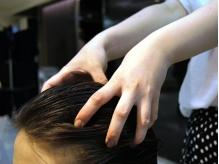 【AVEDA取扱】ピュアな植物オイルの力で、髪のダメージを補修&頭皮をケア!スパの心地良さを体験して…