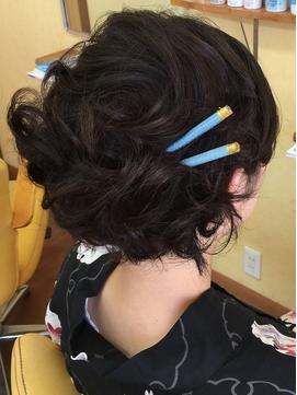 ショートヘア アップ風スタイル