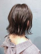 暗髪×切りっぱなしボブ×外ハネ.49