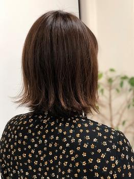 ポリッシュヘアメイク 新検見川店