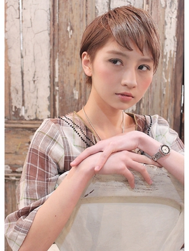 7/20 A/W やわらかブラウンベージュベリーショート☆261