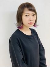 Lia&汐見悠佑 大人のラベンダーインナーカラー.37
