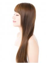 仕上がりに感動…!【コスメ縮毛矯正】導入サロン。毛先まで自然な柔らかさで、思わず触れたくなる髪に♪