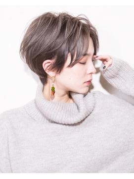 【vainオフィスハイライト】透け感ハンサムショート