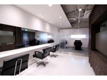 白を基調し清潔感のある雰囲気です☆【Ginza LABO大宮店】