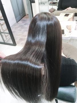 【リアルサロンワーク】艶髪やわらかクオライン縮毛矯正
