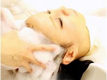 【明石】頭皮に合わせてセレクトできる極上炭酸ミストヘッドSPAで、気になるお悩み解決★髪も心もスッキリ!