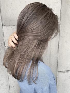 【ママさんからも人気】気になり始めた白髪にもハイライト◎