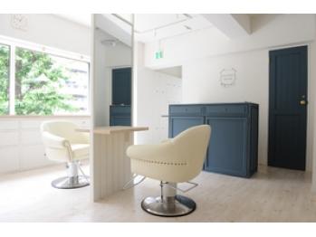 メゾン ドゥース ヘア サロン(maison douce hair salon)