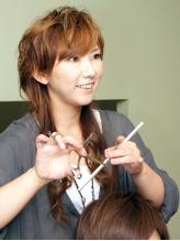 何でも気軽に話せる雰囲気の女性スタイリストが在籍☆女性目線ならではのスタイル提案が魅力的なEb hair♪