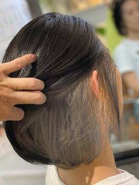 白髪ぼかし/インナーカラー/ホワイトグレージュ/ツートンカラー