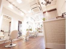 アーティカル ヘアーサロン(ARTiCAL hair salon)の詳細を見る