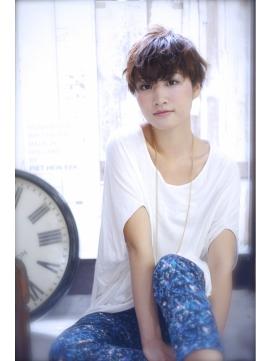 LAUREN☆外国人風♪耳上ショートtel0112328045