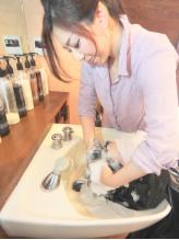 オーガニックハーブエキスと天然由来成分を配合したスパ☆髪と地肌に働きかけるマッサージで至福のひと時…