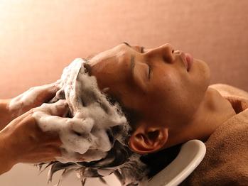 ヘアリゾート リビラ(Hair Resort Revilla)