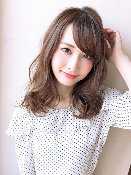 《Agu hair》大人かわいい小顔ゆるふわセミロング