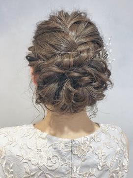 【emis】お呼ばれ 編み込みアップ ヘアセット 二次会 結婚式