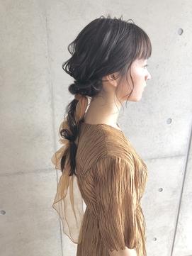 【林 杏香】スカーフアレンジ_大人かわいい.編みおろし