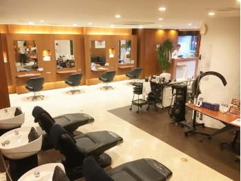 オキ(Hair Salon OKi)