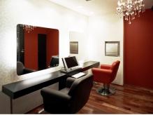 さらにゆったり過ごしたい方には完全個室のブースもあり!