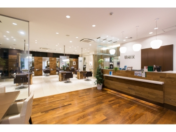 ユニックス ビューティー イノベーション 横浜元町店(UNIX Beauty Innovation)(神奈川県横浜市中区/美容室)