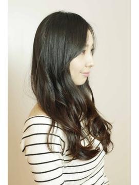 大人ナチュラルスタイル☆黒髪で美髪ロングウェーブ