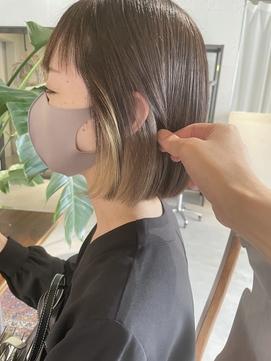 イヤリングカラーインナーカラー前髪ミニボブ