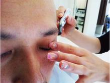 ★ご自身で眉毛を整えることが苦手な方にも嬉しいサービス付き!