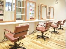 クリックヘアスタジオ エミオ店(CLiC Hair Studio)の詳細を見る