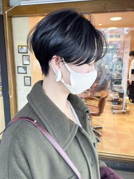【morio 原宿】ハンサムショート/ひし形/20代髪型センターパート