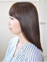 1人1人のダメージに合わせて施術を変えるから髪へのダメージが気になる方でも気軽にカラーリングできる☆