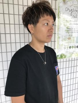 【Tomos】奇抜なボーイッシュショート