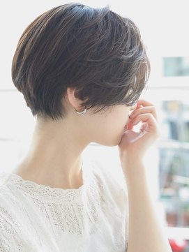 【butterfly常盤大地】2017 夏 秋 黒髪の前下がりショートボブ