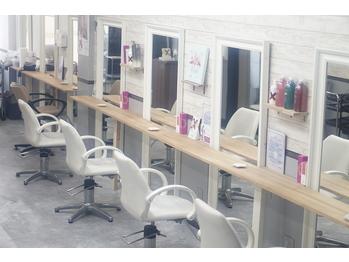 ヘアサロンアネラ 新宿店(Hair Salon ANELA)(東京都新宿区)