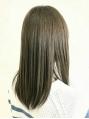 気になるクセやハネもボリュームを抑える質感ストレート!傷んだ髪もしっかり&丁寧に修復!!