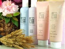 髪と頭皮の健康を考え、薬剤や商品はオーガニック商品を導入。