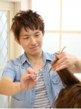 幅広い年齢層の方をターゲットに創られるヘアスタイル☆自宅で簡単にセット・アレンジが叶うカット技術!