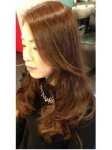 地肌と髪に優しい[ノンジアミンカラー]敏感肌・ハイダメージの方にオススメ!色持ちの良さ・発色の美しさ◎