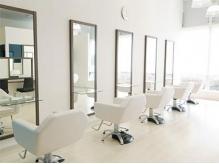 アール ヘアアンドメイク 金目店(R Hair&Make)