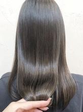 軽いのに毛先までするんとまとまる≪フローディア≫取扱♪髪を内側から整え輝き溢れる艶髪を実現☆【幕張】