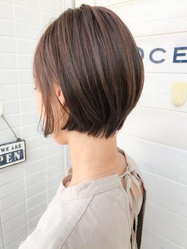 [OCEAN Hair&Life]グラボブ☆刈り上げ女子☆ネイビーカラー☆