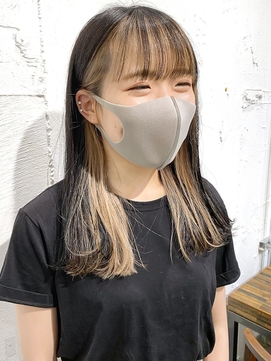 【岡田 陸】黒髪 耳かけインナーカラー ワイドバング