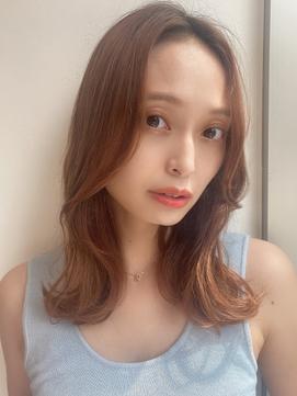 【神田安優奈】韓国風くびれ外ハネミディ