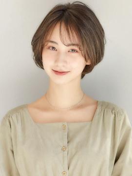 大人かわいい/小顔/くすみカラー/シースルーバング/岩井彩乃